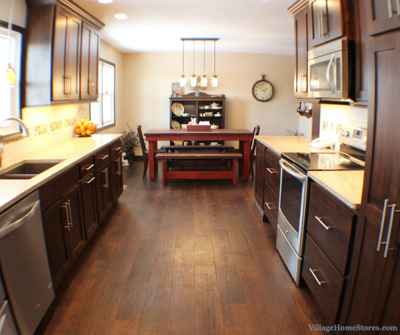 Kitchen Remodel Quad Cities: Geneseo Remodel: Kitchen Turns A New Corner