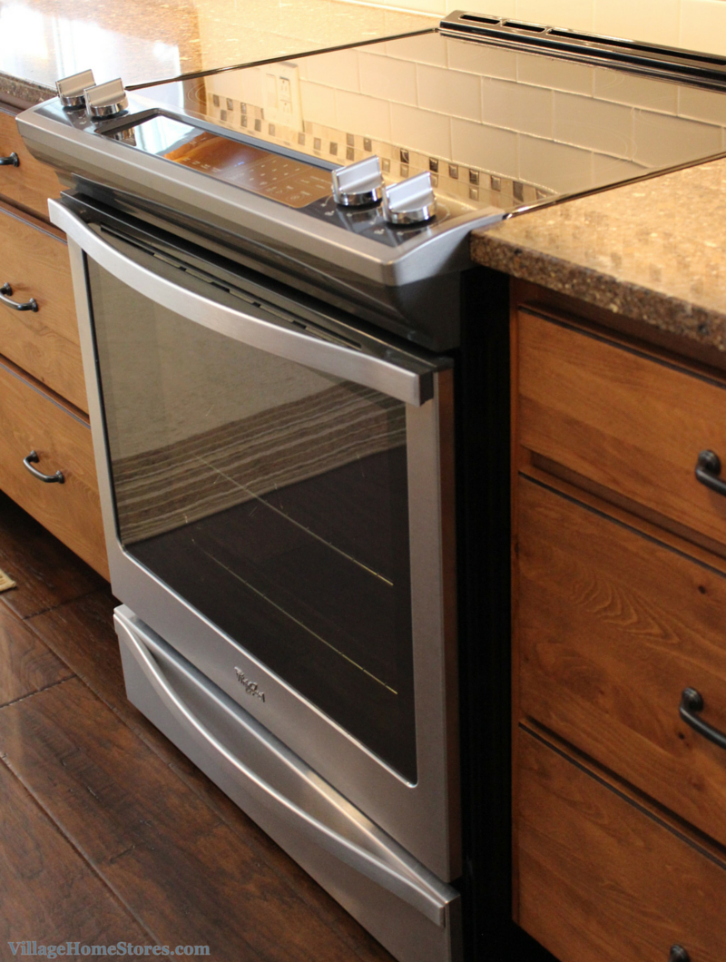 Whirlpool front control stove. | VillageHomeStores.com