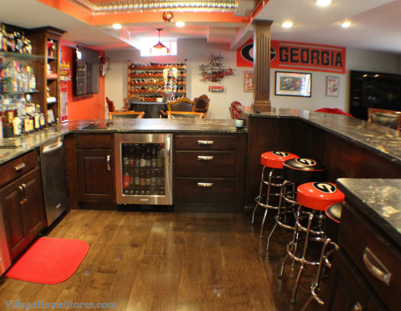 Georgia Bulldogs home bar. | VillageHomeStores.com