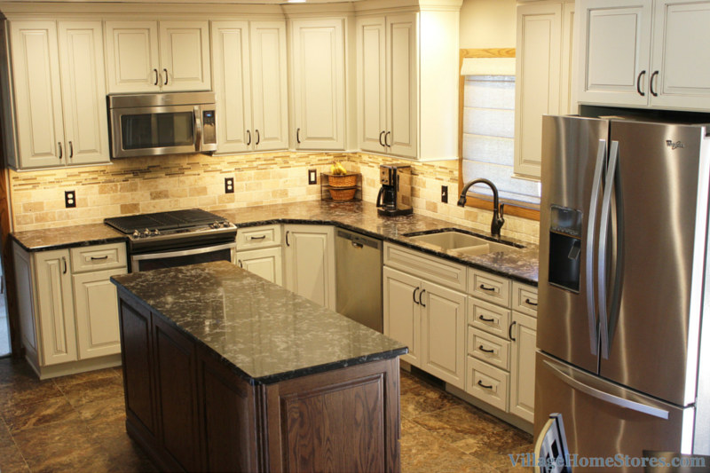 East Moline kitchen remodel by Village Home Stores. | VillageHomeStores.com
