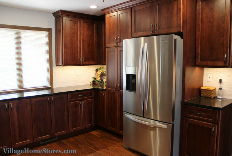 East Moline kitchen remodeled by Village Home Stores. | VillageHomeStores.com