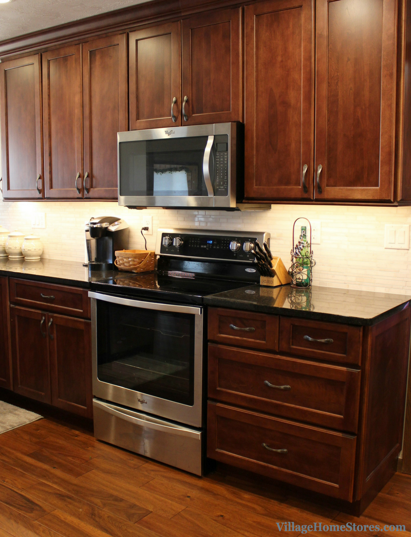 Remodeled East Moline, IL kitchen including new Whirlpool appliances. | VillageHomeStores.com