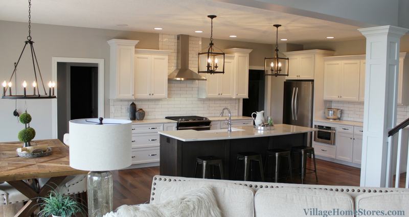 Transitional style kitchen in a Bettendorf, IA home. Design and materials by Village Home Stores for Aspen Homes LLC. | VillageHomeStores.com