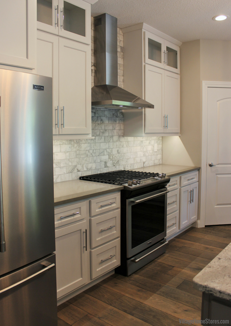 A Moline, IL kitchen with appliances from Village Home Stores for Hazelwood Homes. | VillageHomeStores.com