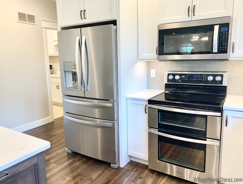 Galesburg IL kitchen with new kitchen and Whirlpool appliances from Village Home Stores.