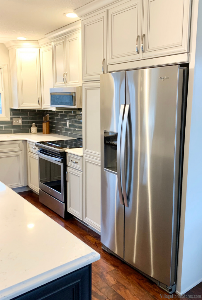 Stainless Steel Whirlpool appliances in a Rock Island Quad Cities kitchen.
