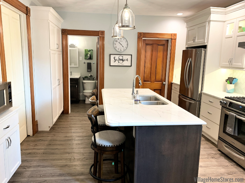 kitchen remodel with Koch cabinets in the Ivory and Stone finishes
