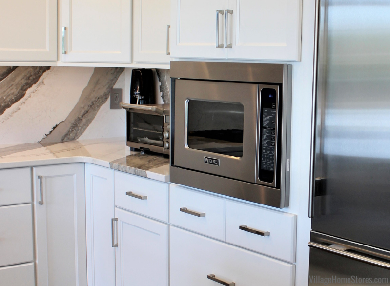 Viking 5 Series microwave with trim kit installed in a Quad Cities kitchen remodeled by Village Home Stores.